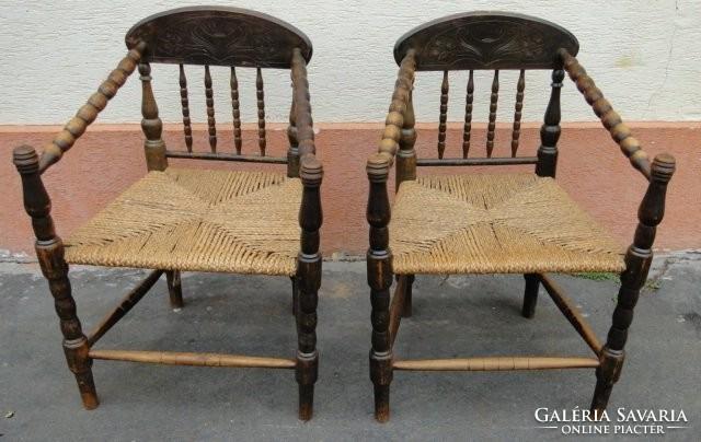 5482 Antik gyékényfonatos gondolkodó szék pár Bútor